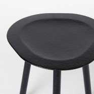 SPADE Stool / RUBBER