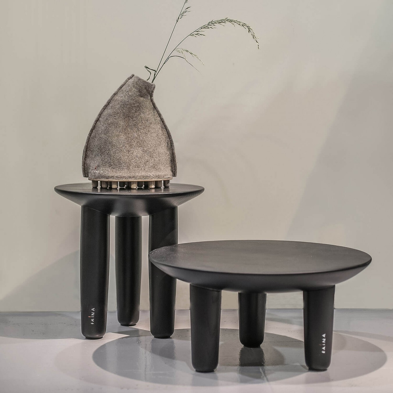 Table Hryb, set of 2