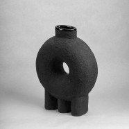 KUMANEC three legs vase