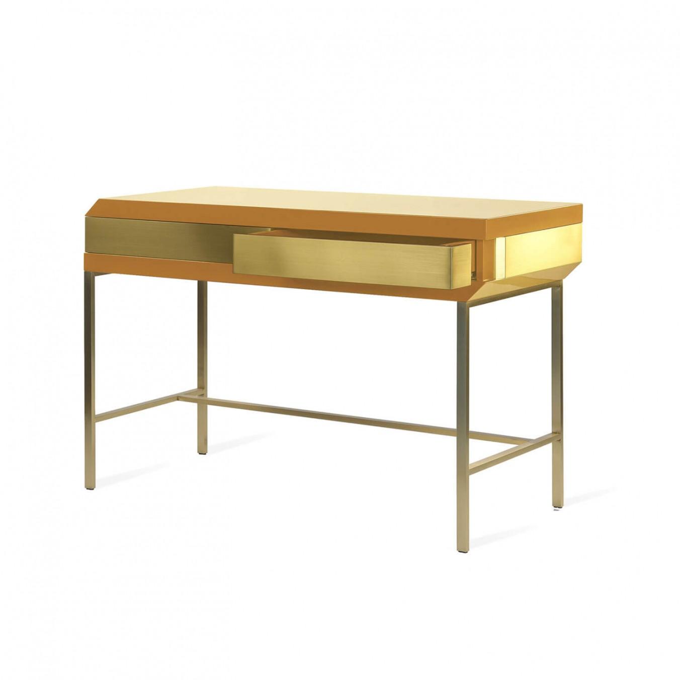 Flamingo Desk