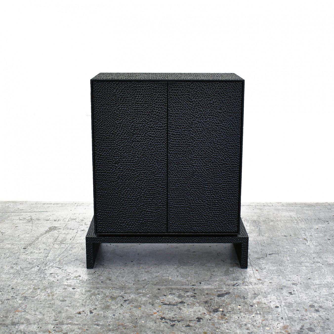 V2 Cabinet