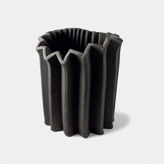 Dynamic vase - large
