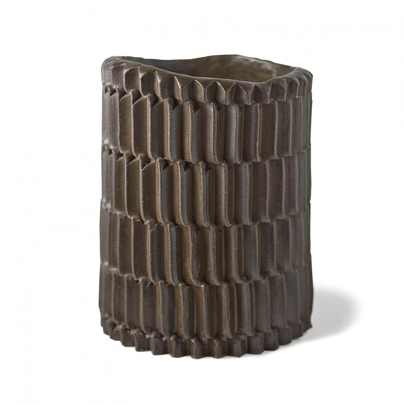 Iguana vase - large