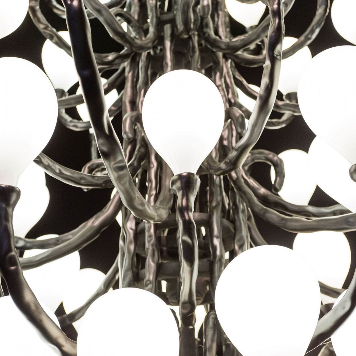 Das Pop Chandelier