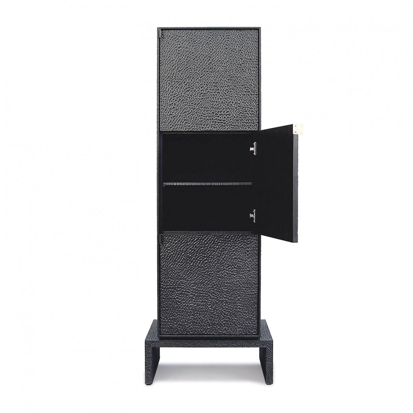 V3 Cabinet