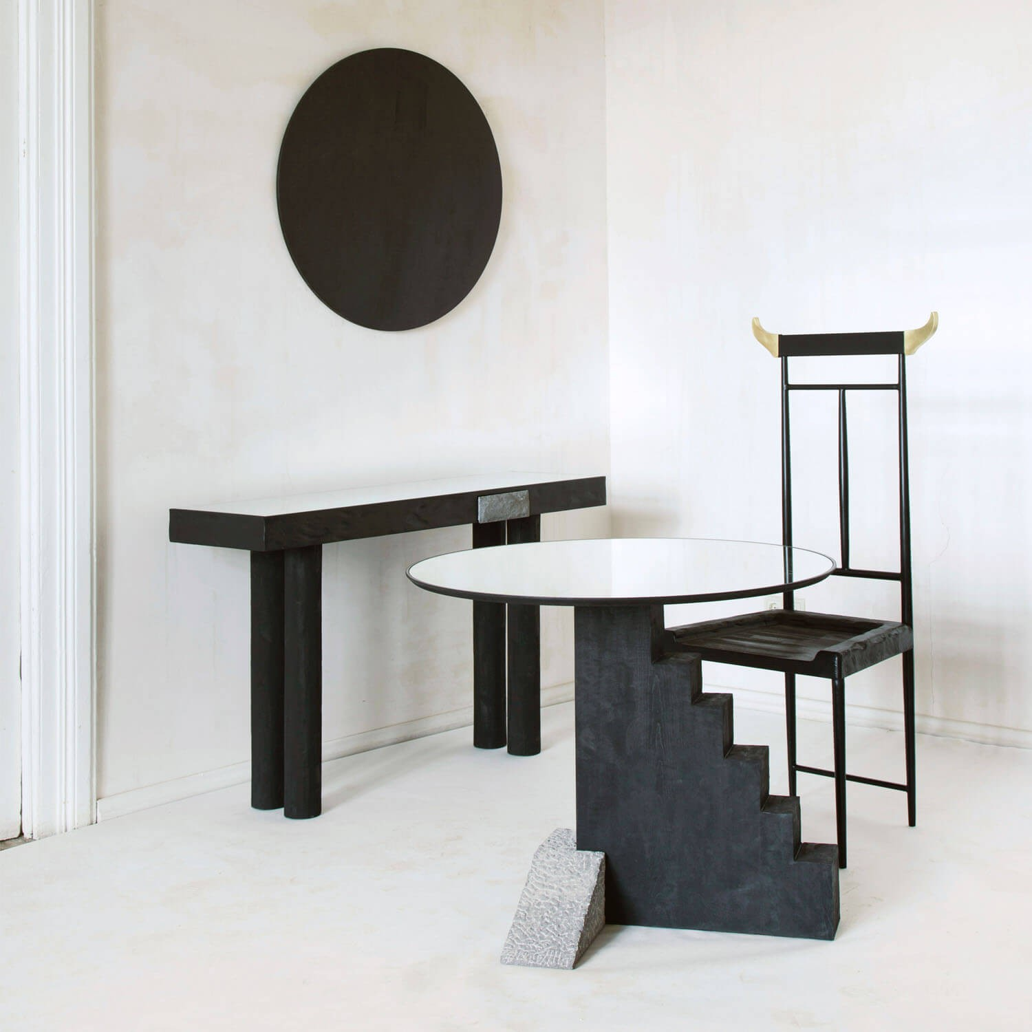 ROUND STAIRCASE TABLE | KOOKU