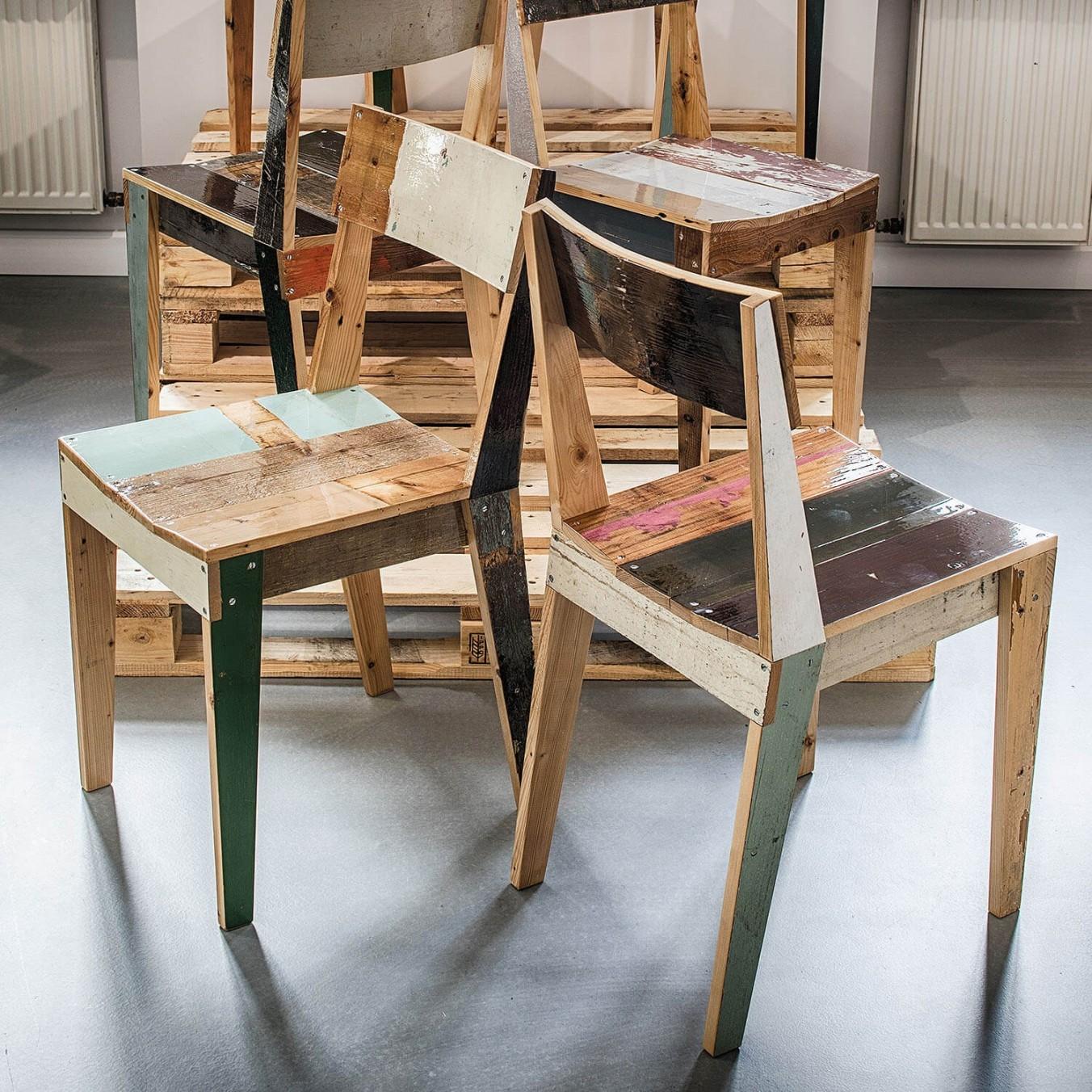 Oak chair in scrapwood