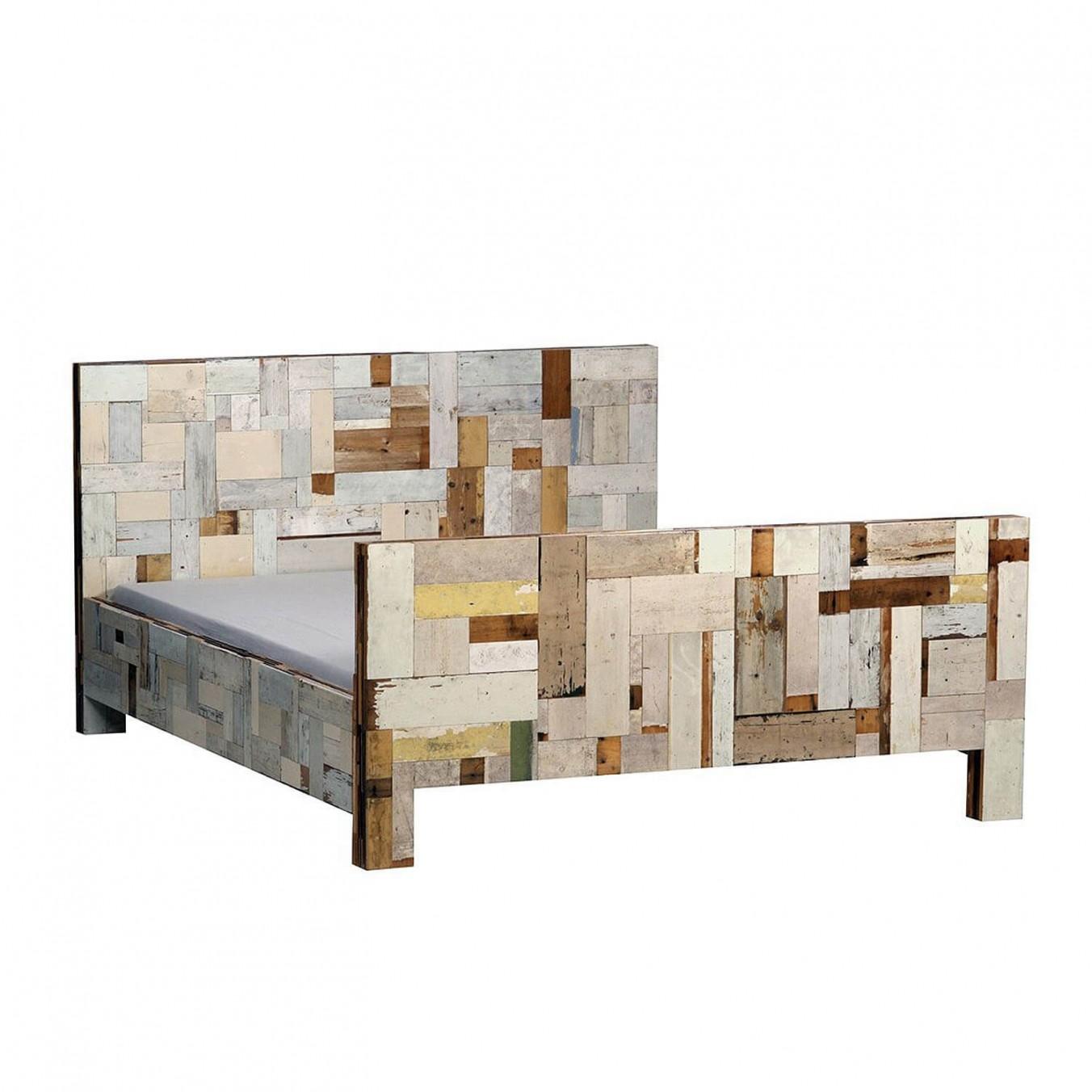 Waste Bed in Scrapwood